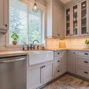 Custom Kitchen Cabinets 5