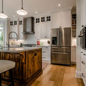 Custom Kitchen Cabinets 31